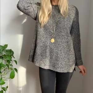 Madewell sweater sz M medium gray